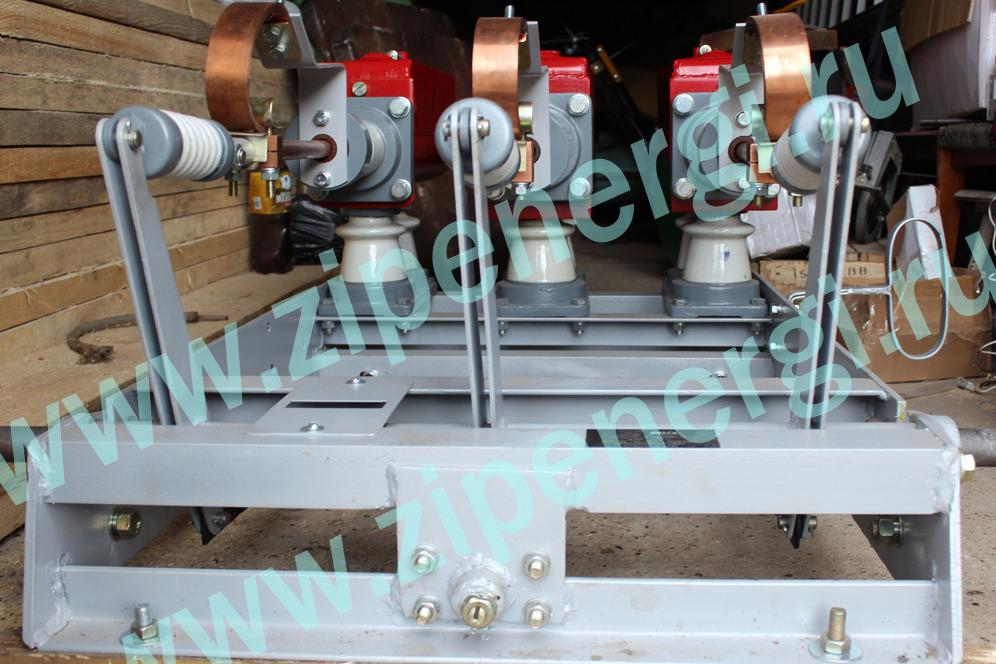 Масляный выключатель ВМГ 133